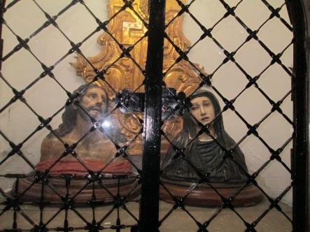 Bustos de Cristo y Dolorosa. Iglesia de los Hospitalicos. Granada. Foto: Francisco López