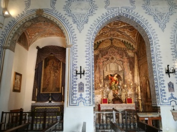Capillas laterales. Pinturas murales. Iglesia de Nª Sra. de la Aurora y San Miguel Bajo. Albaicín. Foto: Francisco López