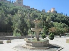 Paseo de los tristes. Fuente y Alhambra. Albaicín. Granada. Foto: Francisco López