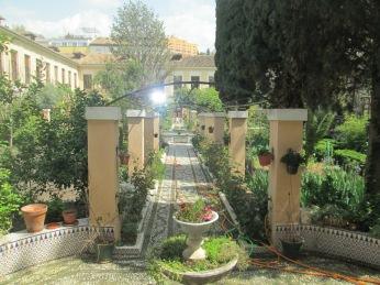 Patio central. Comendadoras de Santiago. Granada. Foto: Francisco López