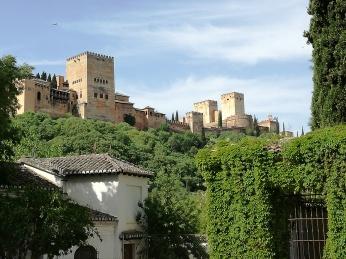 Vista de la Alhambra desde el Palacio de los Córdoba. Granada