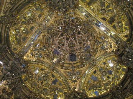 Camarín de la Virgen del Rosario. Santo Domingo 007