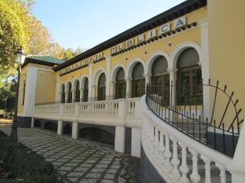 Paseo del Salón. Biblioteca Municipal. Granada. Foto: Francisco López