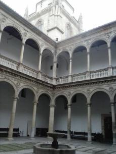 Hospital Real. Patio de la Capilla y Cimborrio. Granada. Foto: Francisco López
