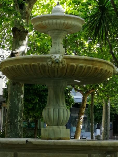 Fuente Plaza de la Trinidad